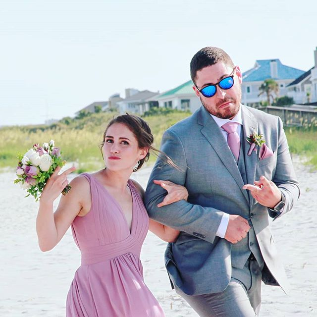 When the bridal party has swagger 💯 . Nothing makes a photographer happier than a bridal party that knows the job - smile, laugh and keep it 💯! . And maybe bring the bride and groom some cold beverages. 🥂 . #weddingswagger #bridalparty #beachwedding #swagger #shellislandresort #wrightsvillebeach #wrightsvillebeachweddings #bridesmaid #groomsmen #wilmingtonweddings #wilmingtonphotographer