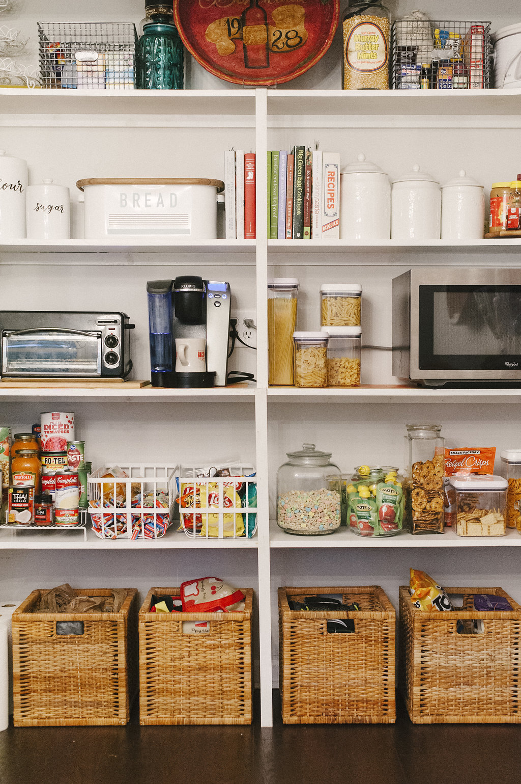 House-of-Von-Professional-Organizer-Pantry-Shelving.jpg