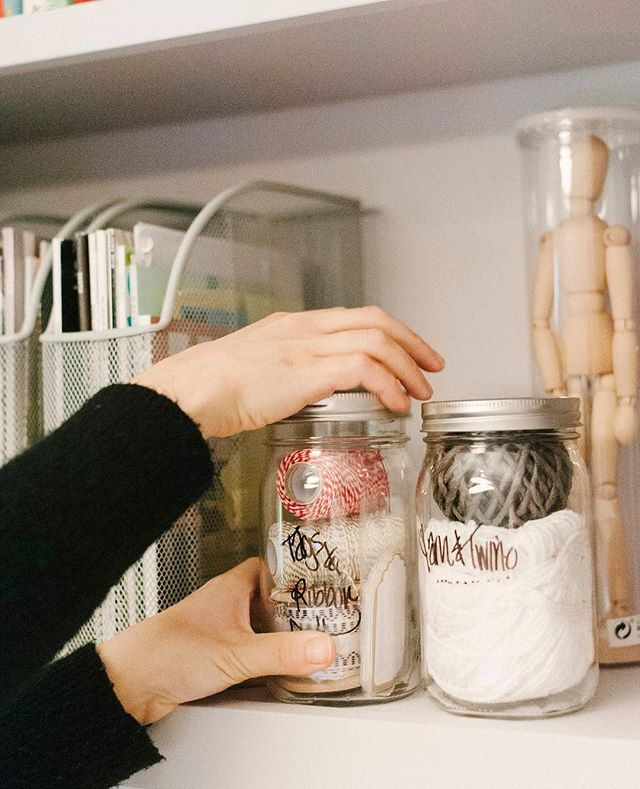 Here in the South, we've seen mason jars used for a billion different things: canning... sipping... crafting... you name it! But here's a simple #southernhome hack for your home office or craft room: label jars with sharpie (or hang a pretty tag) and hold stubborn things that like to get tangled, lost, or hidden. This client uses mason jars as a see-through solution for string and twine. Brilliant! Photo by @joshmorehouse • • • • •  #savannahorganizer #houseofvon #professionalorganizer #professionalorganizers #lessismore #ordernotperfection #savannahgeorgia #savannahga #loveyourspace #professionalorganizing #organizer #organization #homeorganization #cuttheclutter #organizeyourlife #everythinginitsplace #organizedlifestyle #kitchenorganization #homeorganization #getorganized #organizedhome #simplify #organized #homeofficedecor #homeofficeideas #homeofficestyle #homeofficedesign #homeofficeinspiration #homeofficeorganization