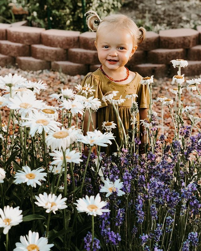 Found the prettiest little flower in the whole dern patch. 💛🍃🌼🍃💛 .  Okay friends... I have a page long list of baby girl names, and TWO boy names. Pretty please help a mama out? What are your favorite boy names?? ☺️🙏🏼💙