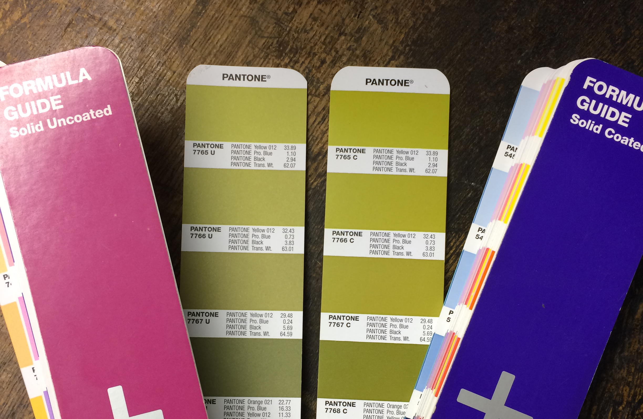 Pantone Coated vs Uncoated.jpg