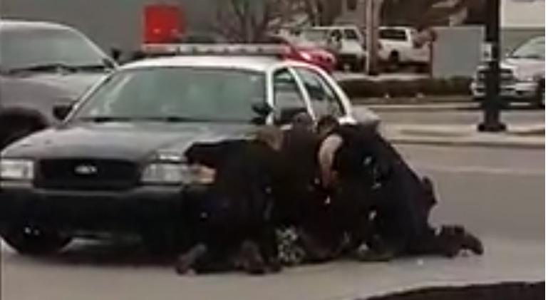 muncie cops.jpg