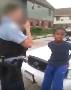 chicago cops chasse 10 year old.jpg