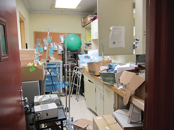 A room in the infirmary at Donaldson Correctional Facility is cluttered with equipment. The state prison system only has 15.2 doctors and 12.4 dentists for more than 25,000 prisoners.