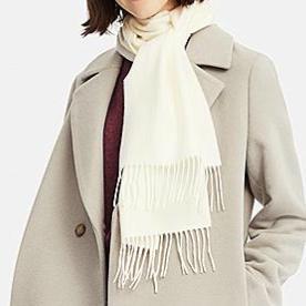 uniqlo cashmere scarf
