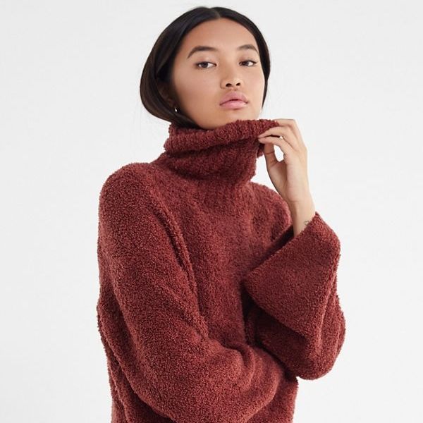 urban outfitters cloud turtleneck