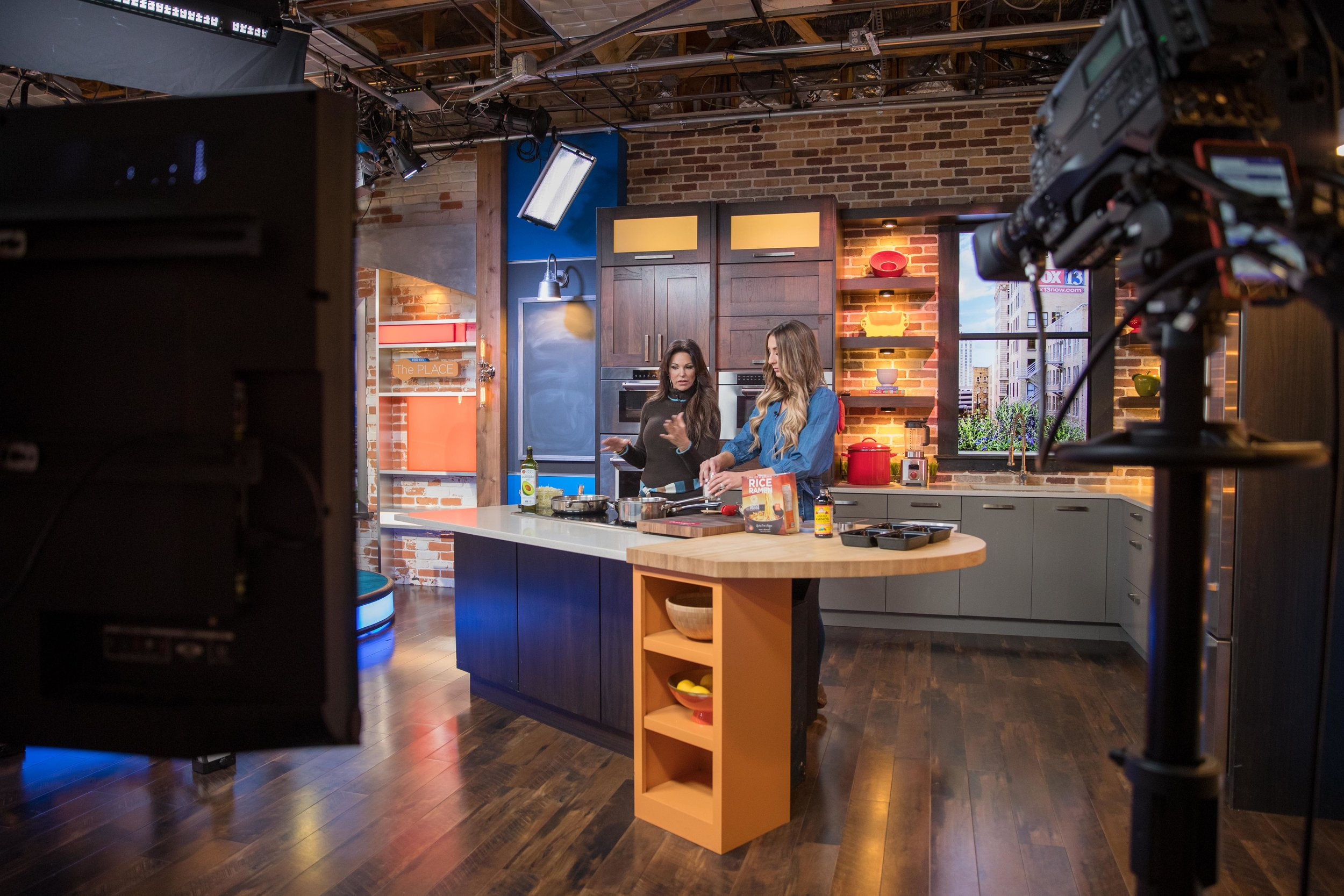 Gretchen and I live on Fox 13! - Gretchen introduced me and we began to cook/re-heat the healthy ramen meal.