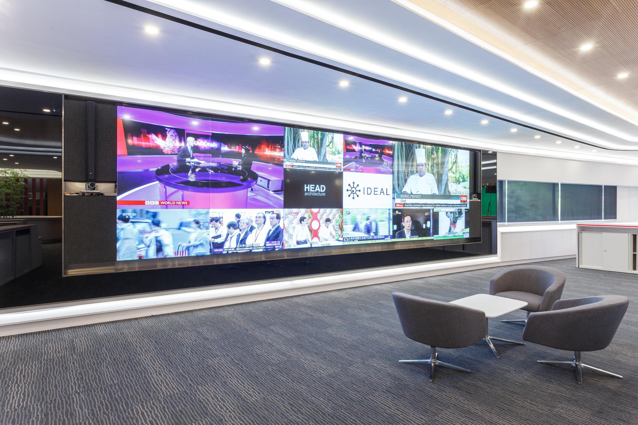 IDEAL's AV project - LCD Wall