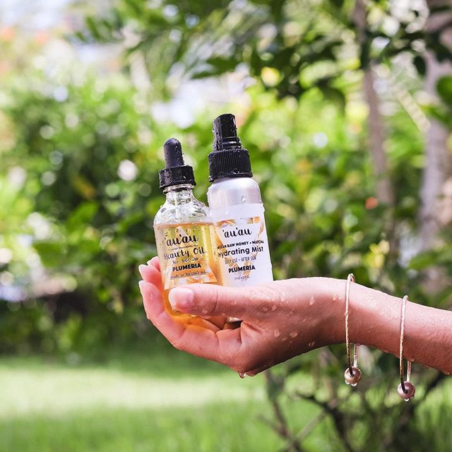 Beauty Oil + Hydrating Mist Plumeria 💛 = Happy Skin🍯🐝