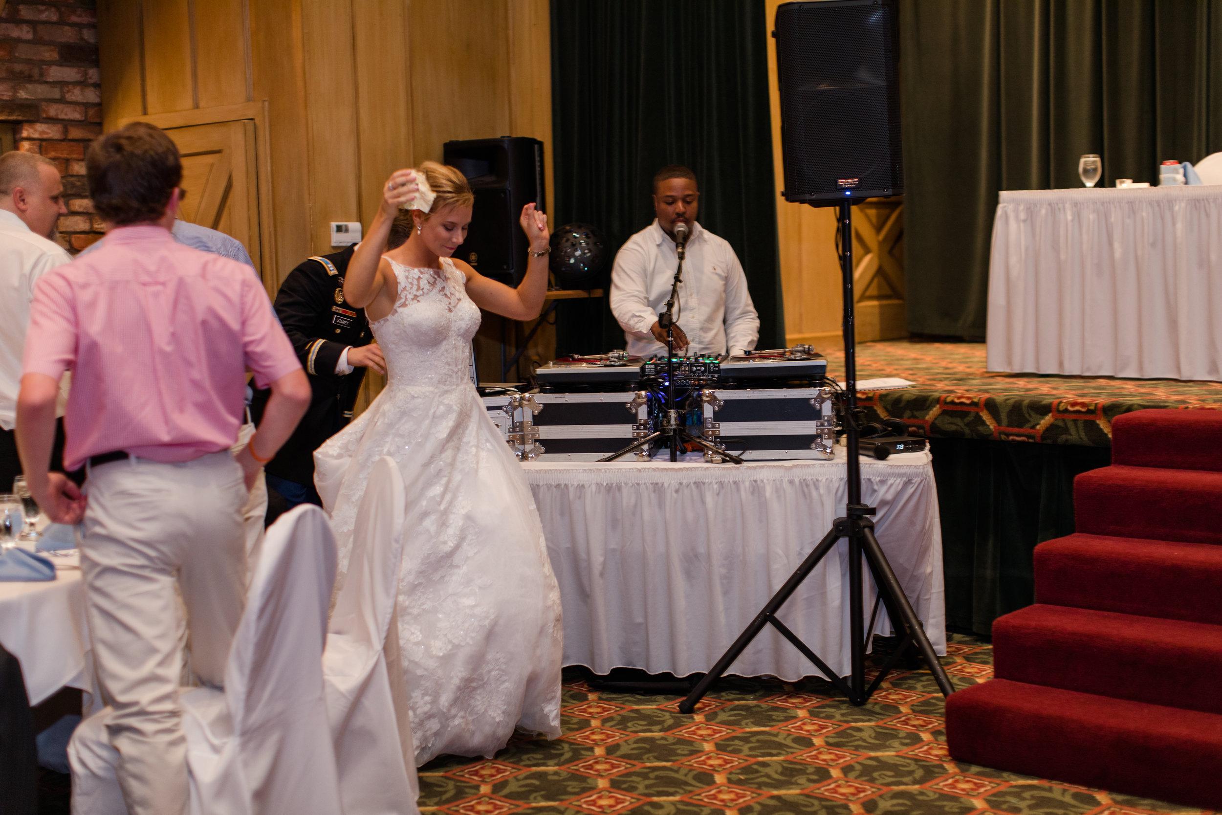 Jennifer B Photography-Joseph _ Aleca_s Wedding-The Reception-0028.jpg