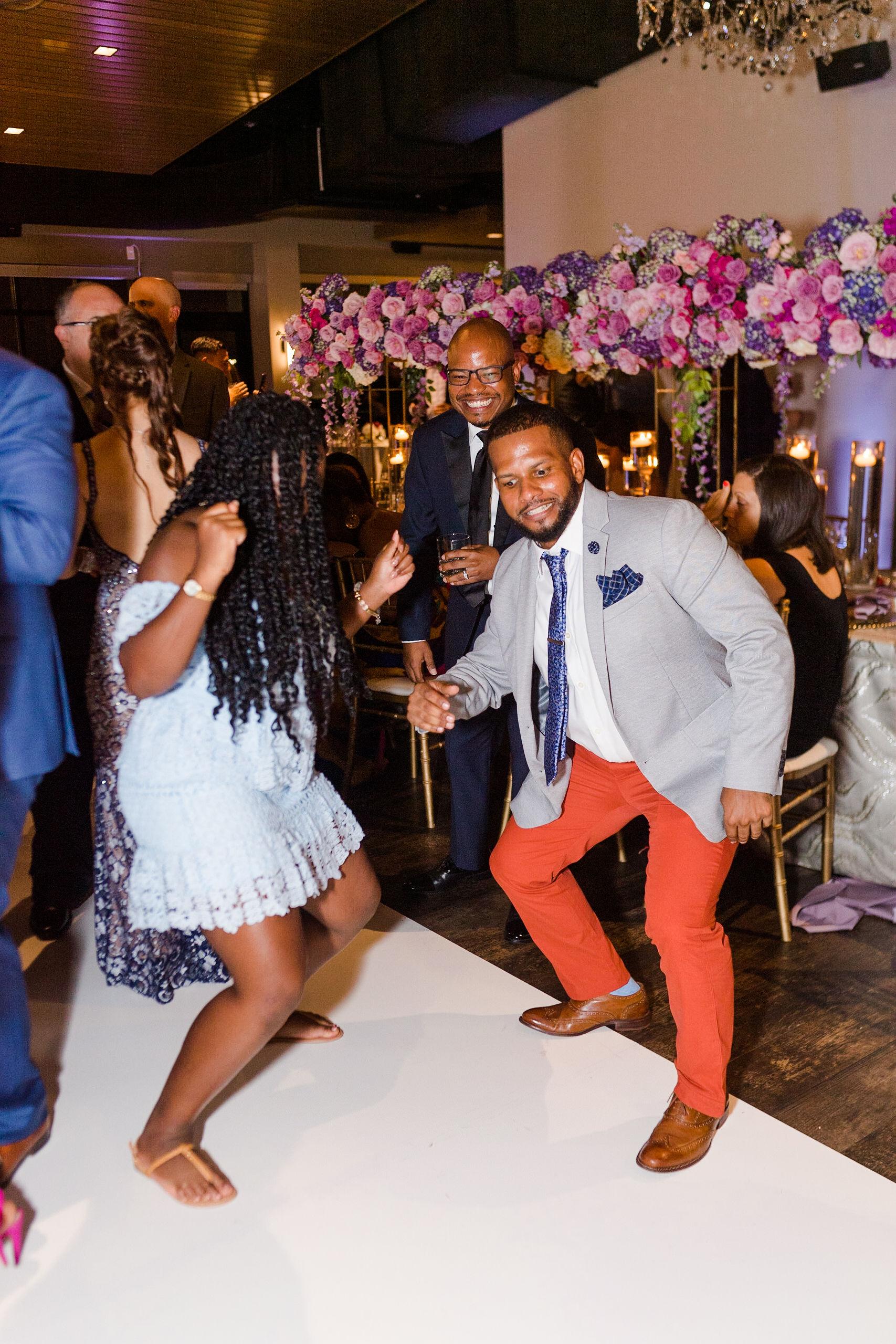 Luxury_Knot_Wedding_Terrace_at_Cedar_Hill_Wedding_Black_Tie_Wedding_Lisa&JasonParker_Katherynjeannephotography1029.JPG