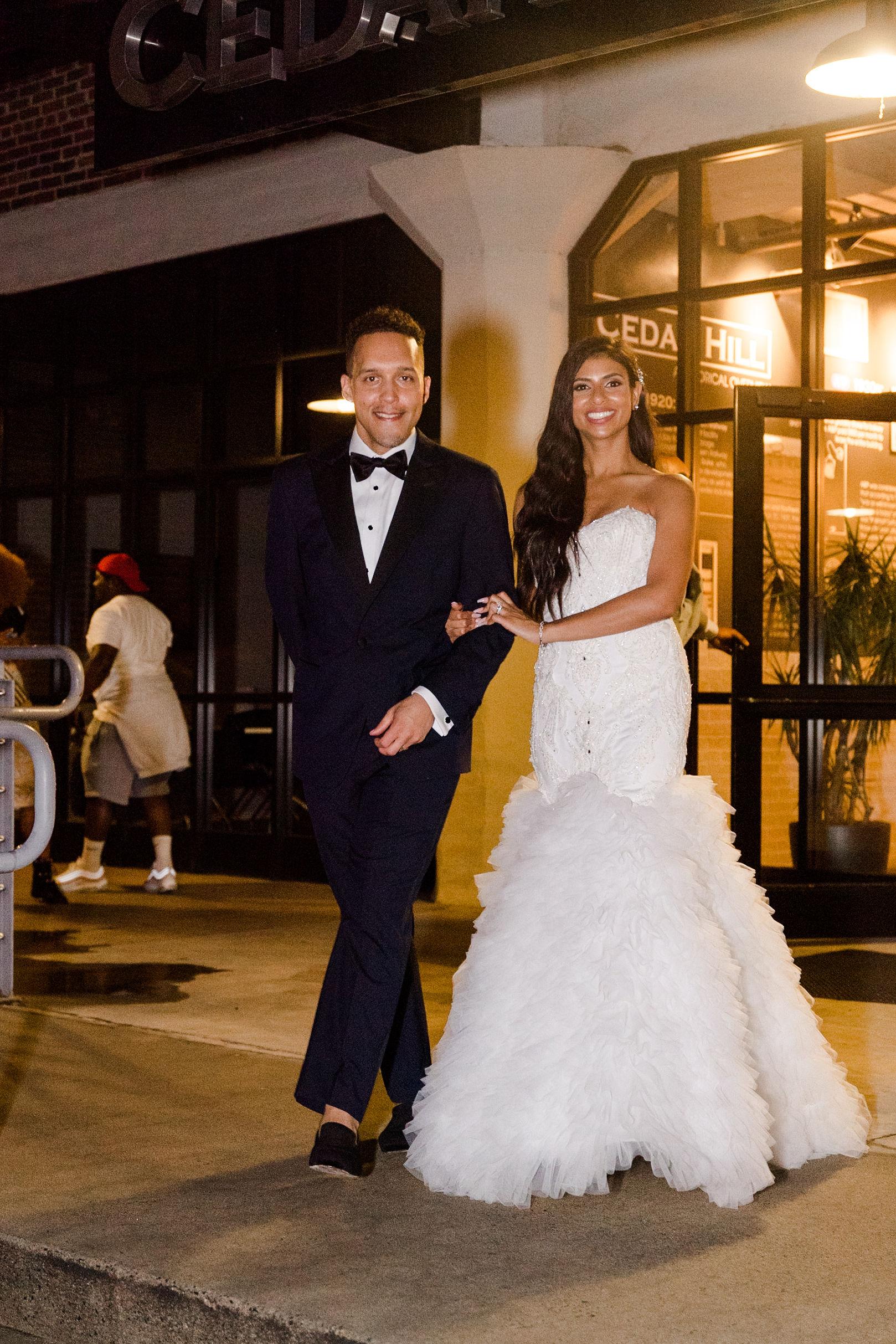 Luxury_Knot_Wedding_Terrace_at_Cedar_Hill_Wedding_Black_Tie_Wedding_Lisa&JasonParker_Katherynjeannephotography1032.JPG