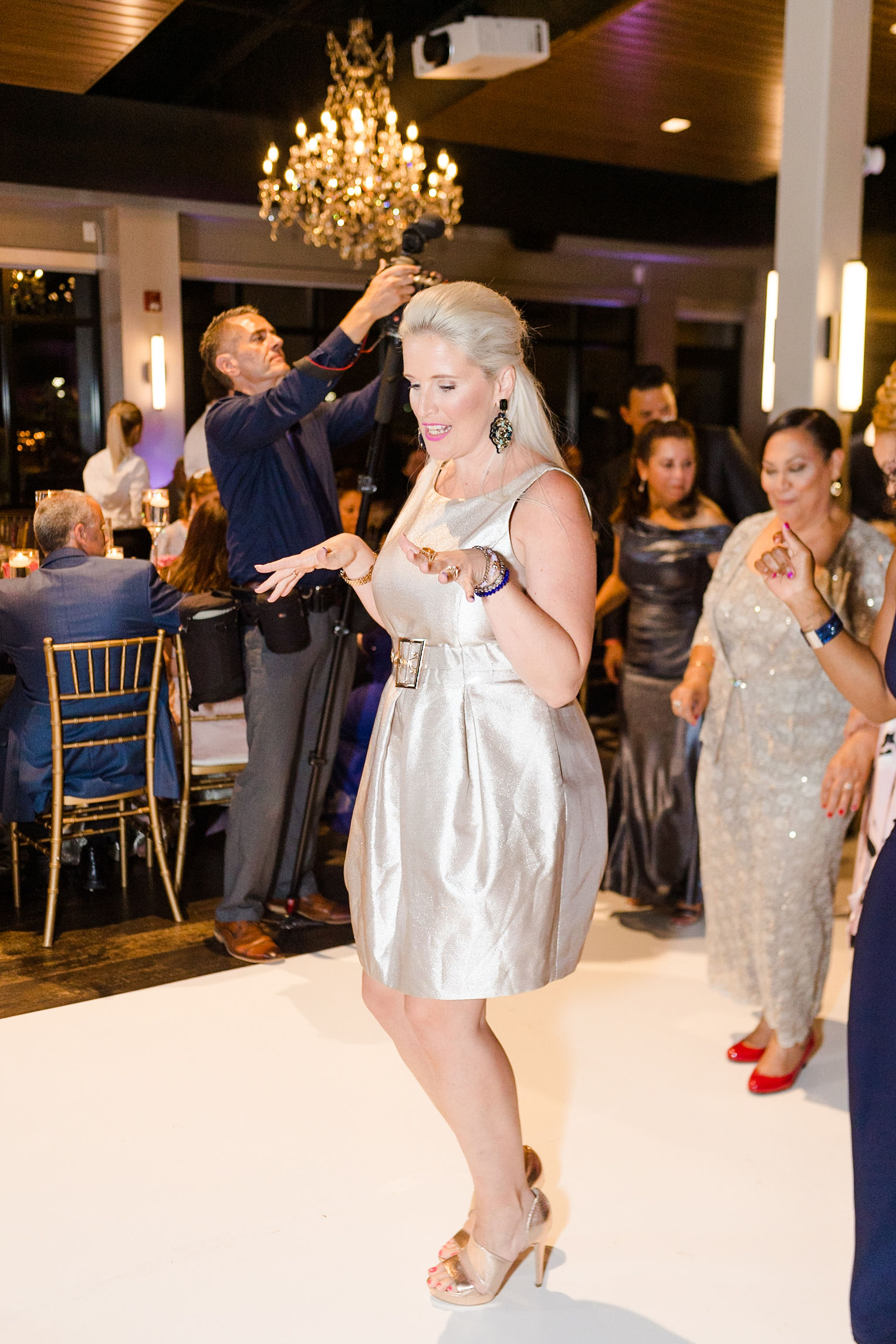 Luxury_Knot_Wedding_Terrace_at_Cedar_Hill_Wedding_Black_Tie_Wedding_Lisa&JasonParker_Katherynjeannephotography1022.JPG