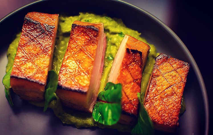 PANCETTA DI MAIALE | Crispy grilled pork belly, avocado purée & heirloom tomatoes