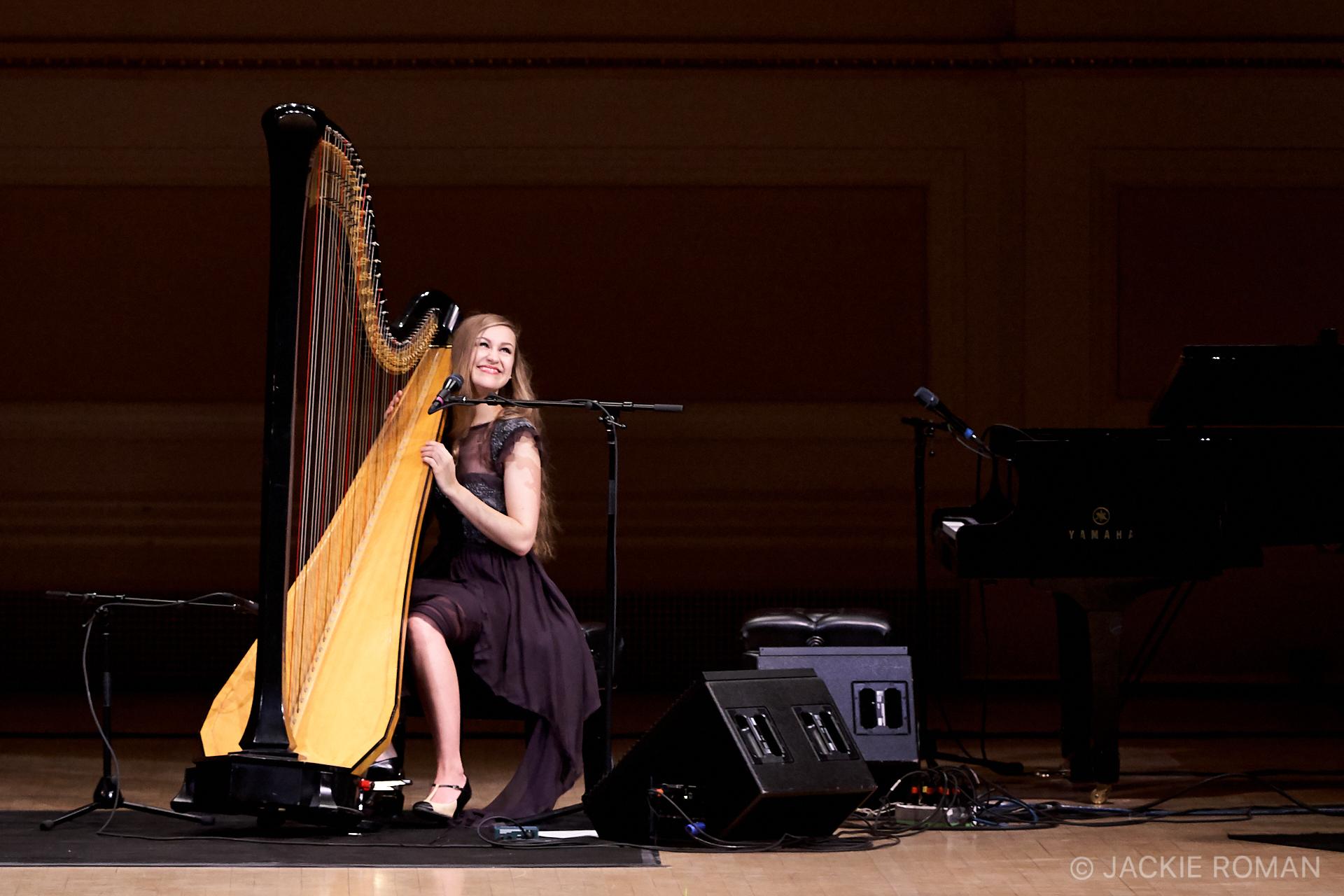 Joanna Newsom Concert at Carnegie Hall, New York,November 23, 2010.