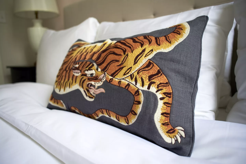 nola-cbd-condo-tiger-pillow.png