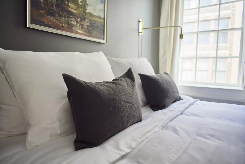 nola-cbd-condo-bedroom-3.png