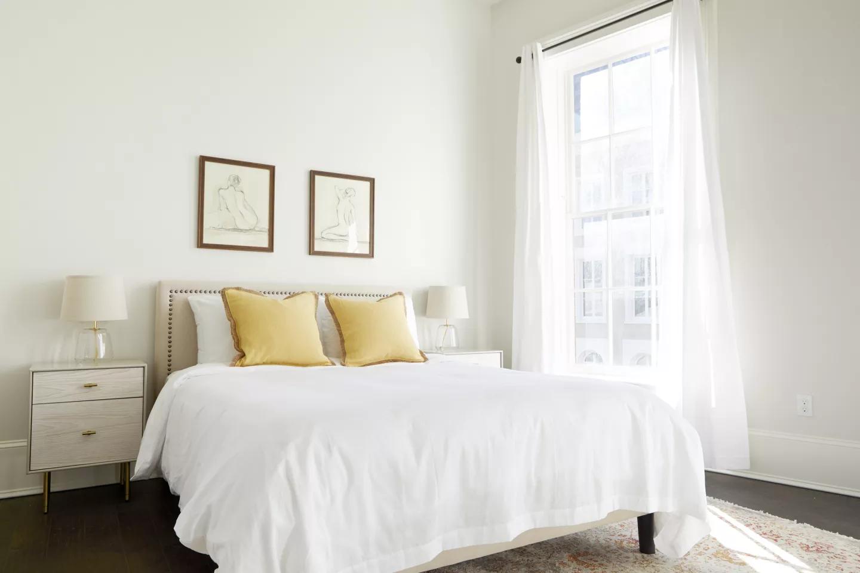 nola-cbd-condo-bedroom-2.png