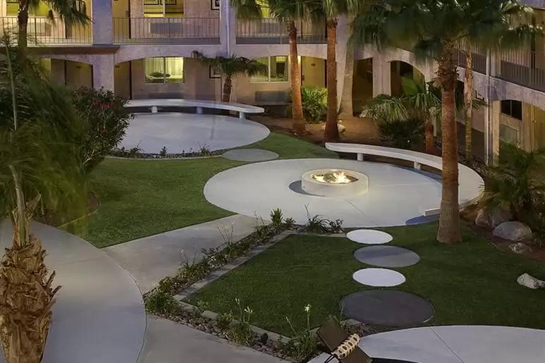 desert-hot-springs-yoga-retreat-resort.png