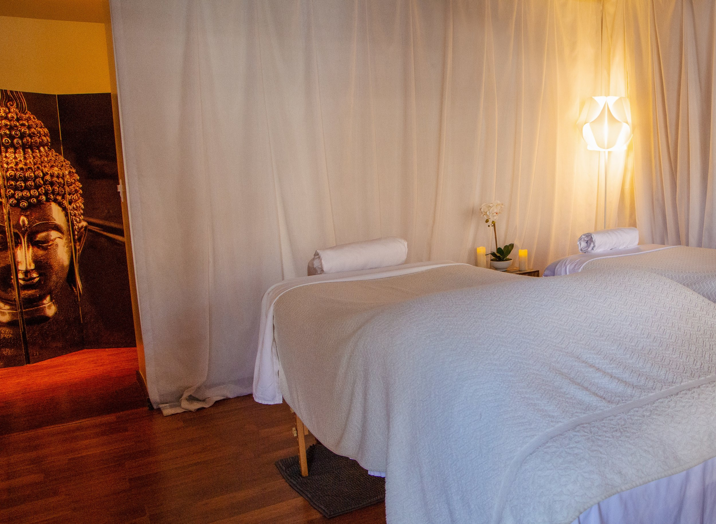 desert-hot-springs-yoga-retreat-free-massage.jpg
