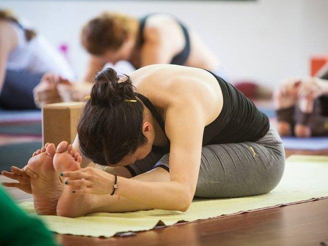 75hr-yin-yoga-teacher-training-thailand.png