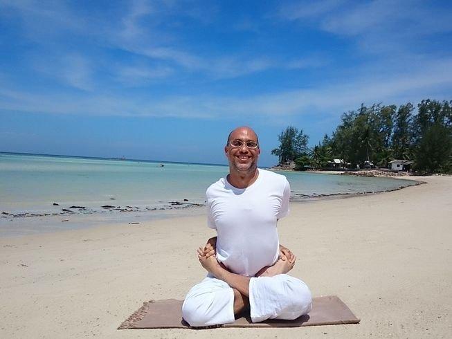 200hr-multi-style-yoga-teacher-training-thailand.png