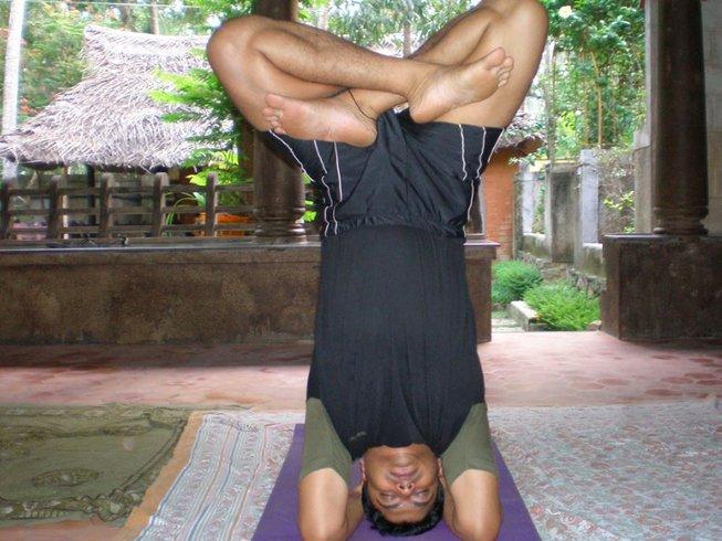200-hour-yoga-teacher-training-kerala-india.png