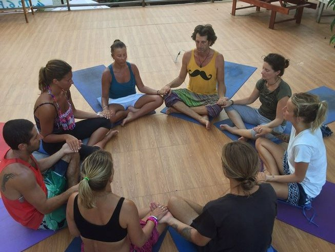 200hr-hatha-iyengar-yoga-teacher-training-cambodia.png