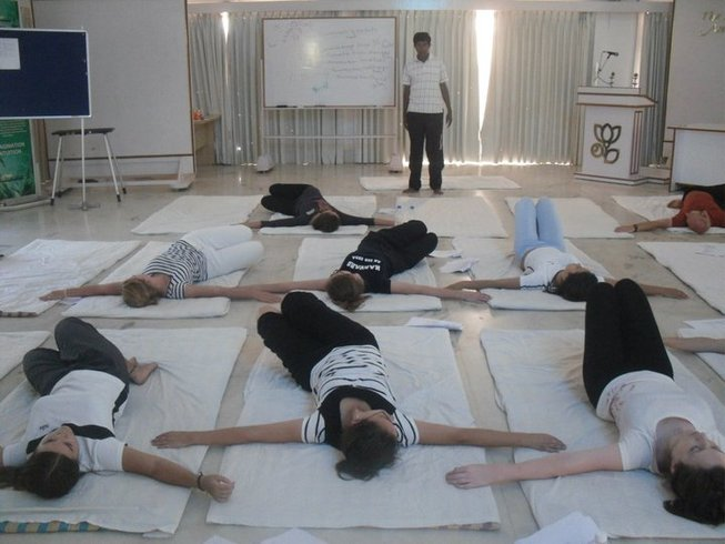 200hr-yoga-therapy-teacher-training-cambodia.png