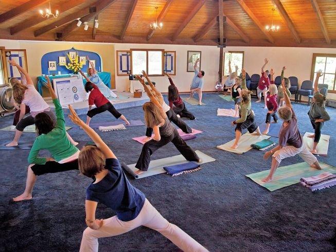 200hr-spiritual-ananda-yoga-teacher-training-california-usa.png