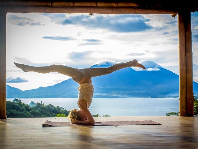 300-hour-advanced-yoga-teacher-training-guatemala.png
