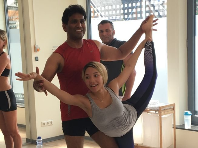 100-hour-hot-yoga-teacher-training-in-germany.png