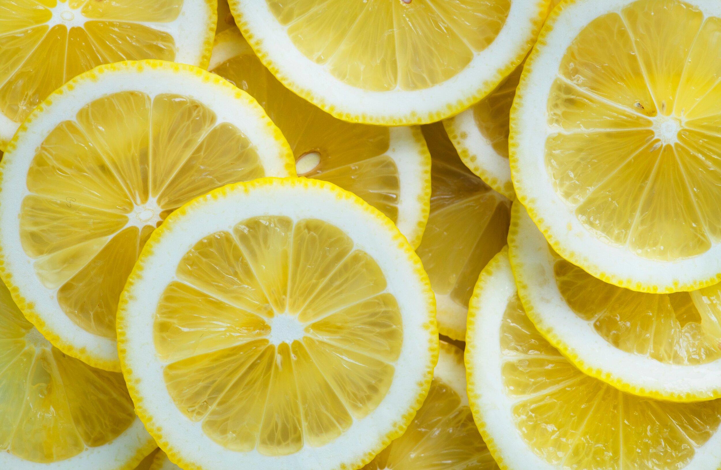 acidic-citrus-fruit-close-up-1536871.jpg