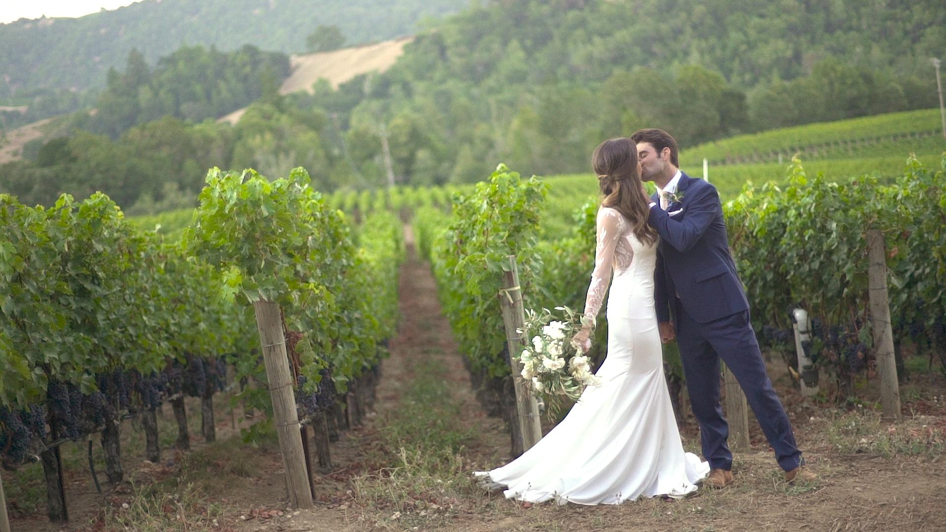 DARLING_WEDDING_v4.0 .00_02_19_02.Still028.jpg