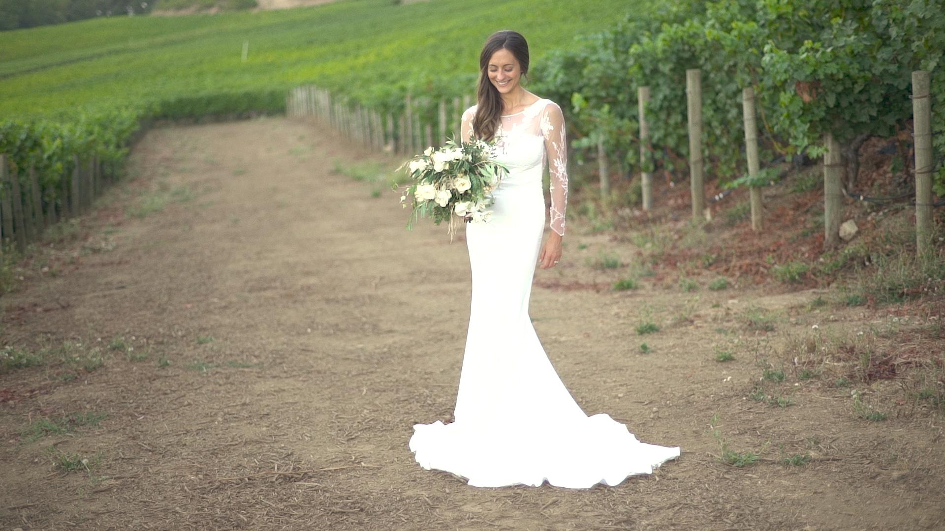 DARLING_WEDDING_v4.0 .00_02_21_13.Still030.jpg