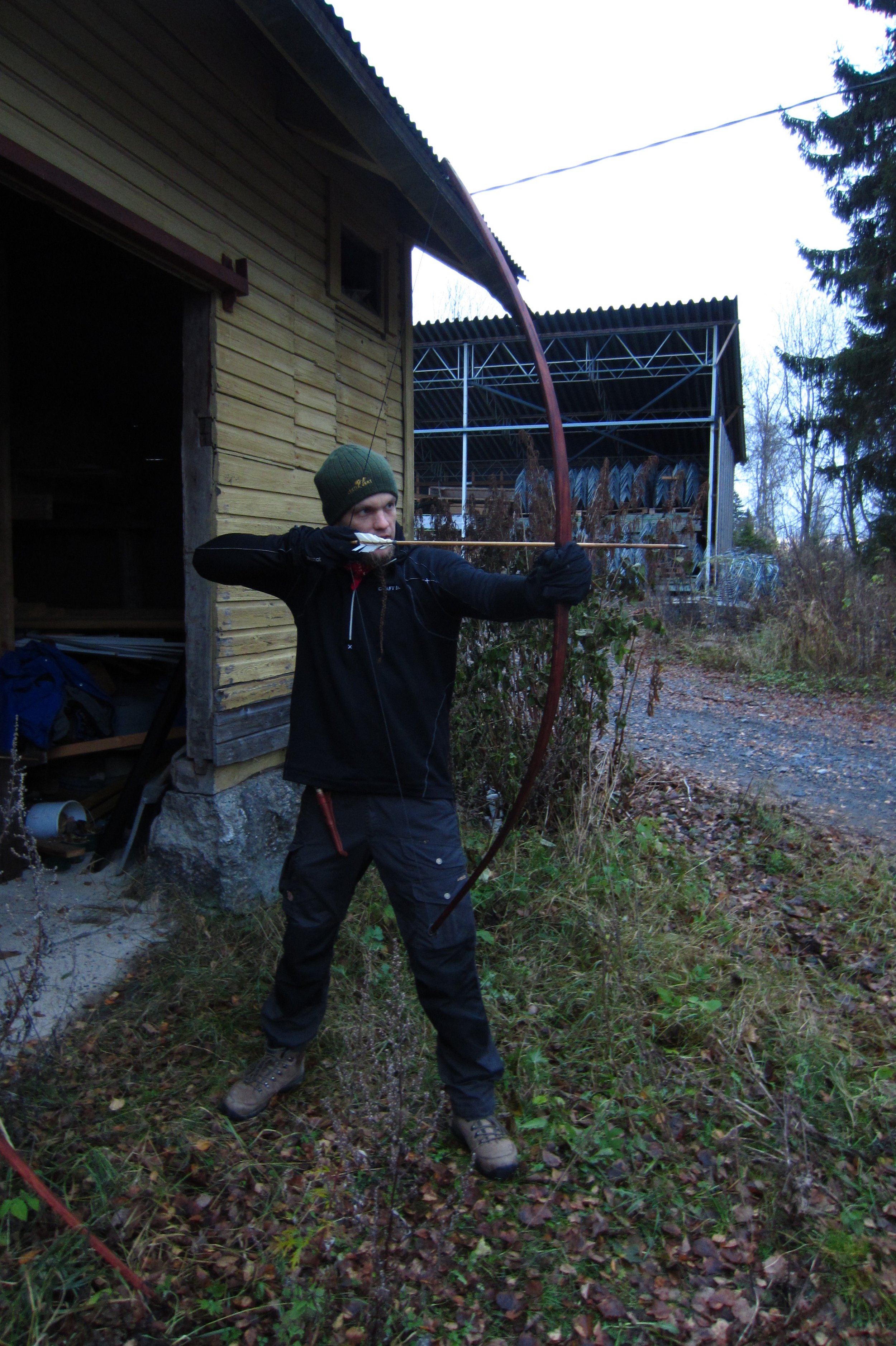 handmade bow and arrows survival skills Finland
