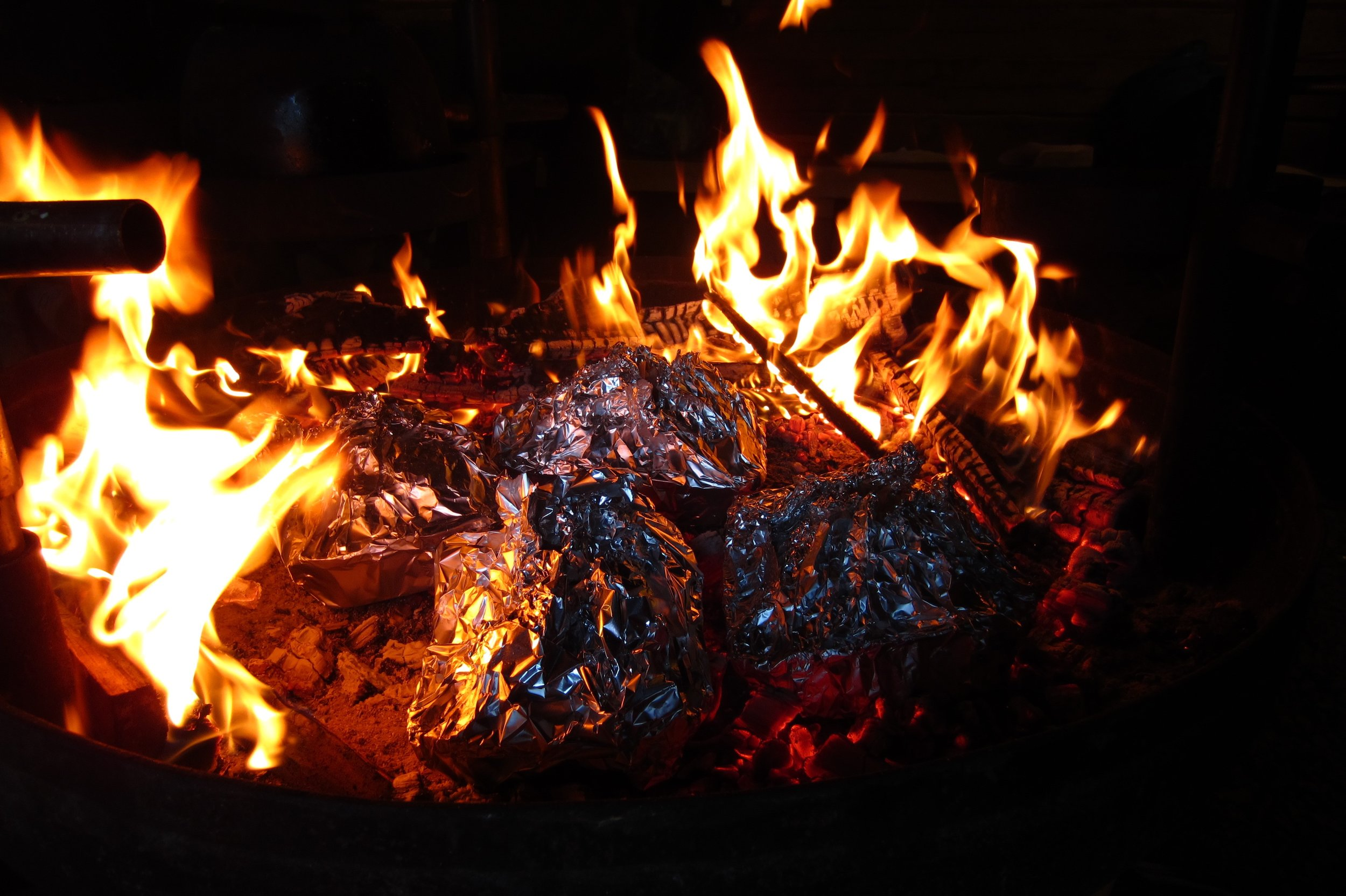 food making on camp fire guided nature trips Helsinki