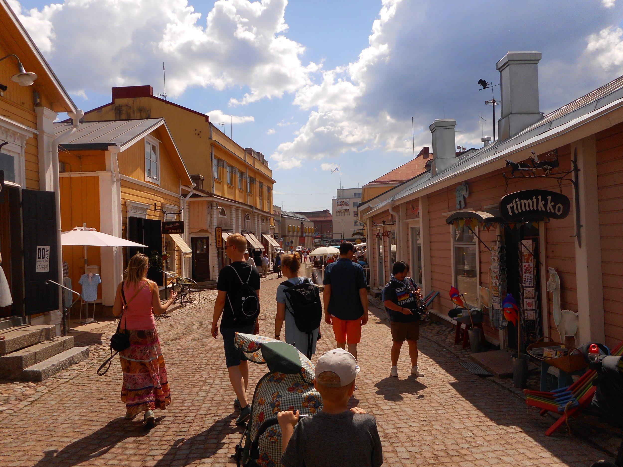 Walking trip in Porvoo old town