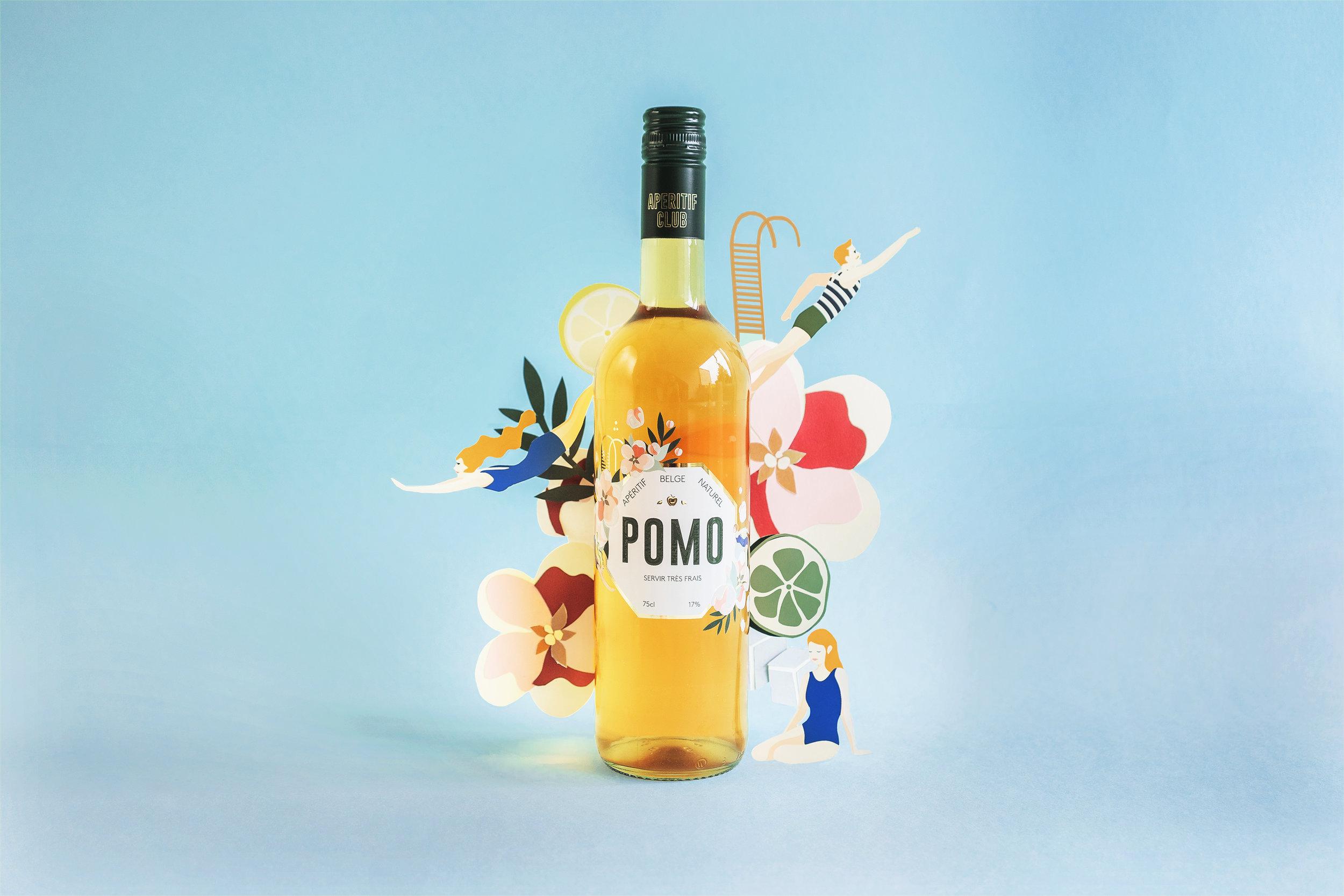WEB3-Pomo-papier-decoupe-photo-bouteille.jpg