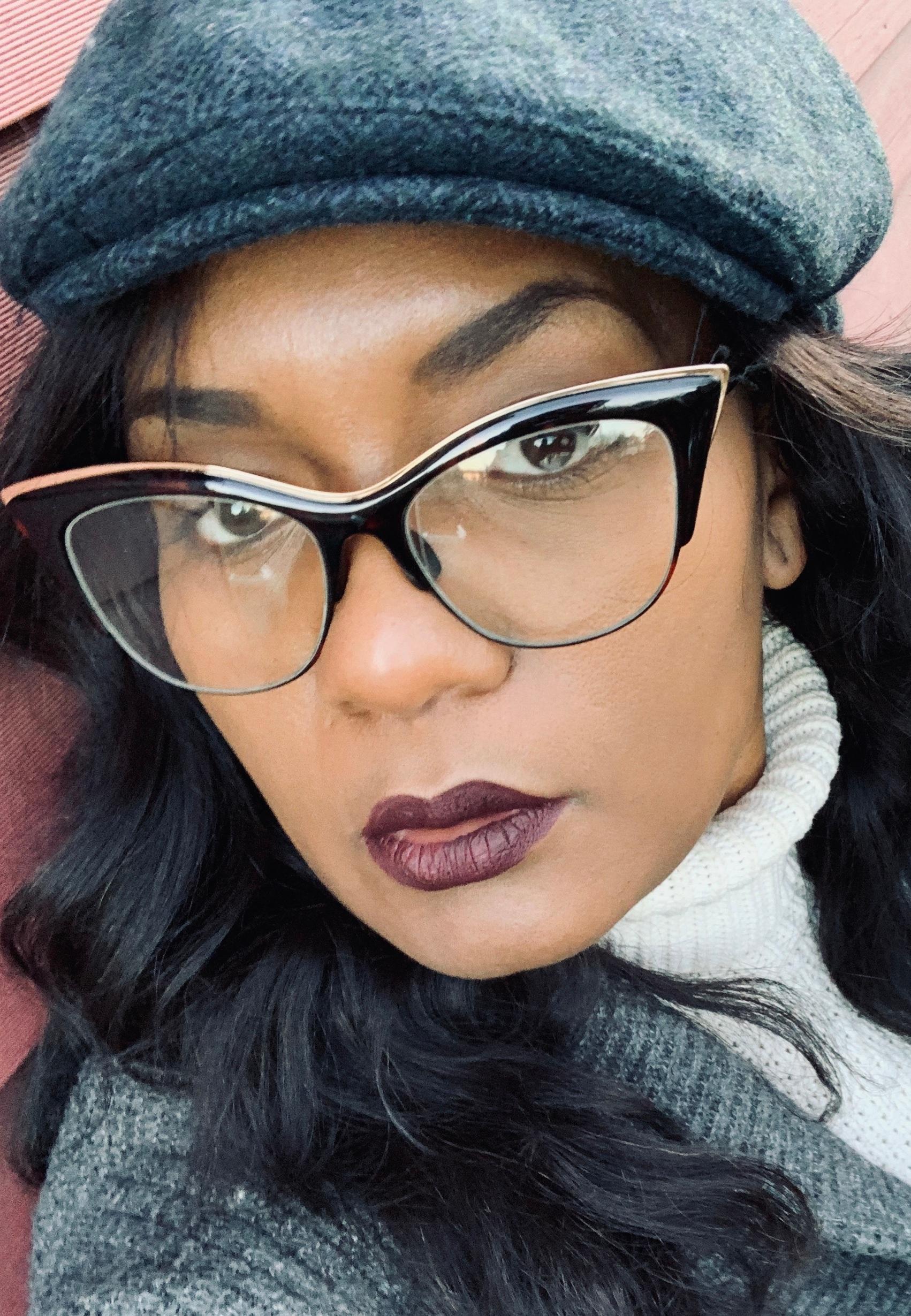 https://www.latinasstyleofelegance.com/product-page/trendy-eyewear
