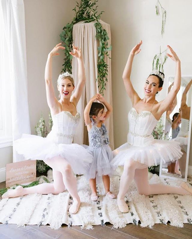 With the birthday girl 😍♥️ She's a natural! We can't wait to see you on stage one day Zizi ✨ Photography: @alisonbernier  Swipe ➡️ to see all of the girls looking #tutucute & twirling away 💞  xoxo The Graces . . . #ballerinaintraining #balletbirthday #ballerinas #thegraces #beginningballet #shakeitoff #tutu #dancer  #balletinspiration #ballerinasofig #tinydancers #ballerinaparty