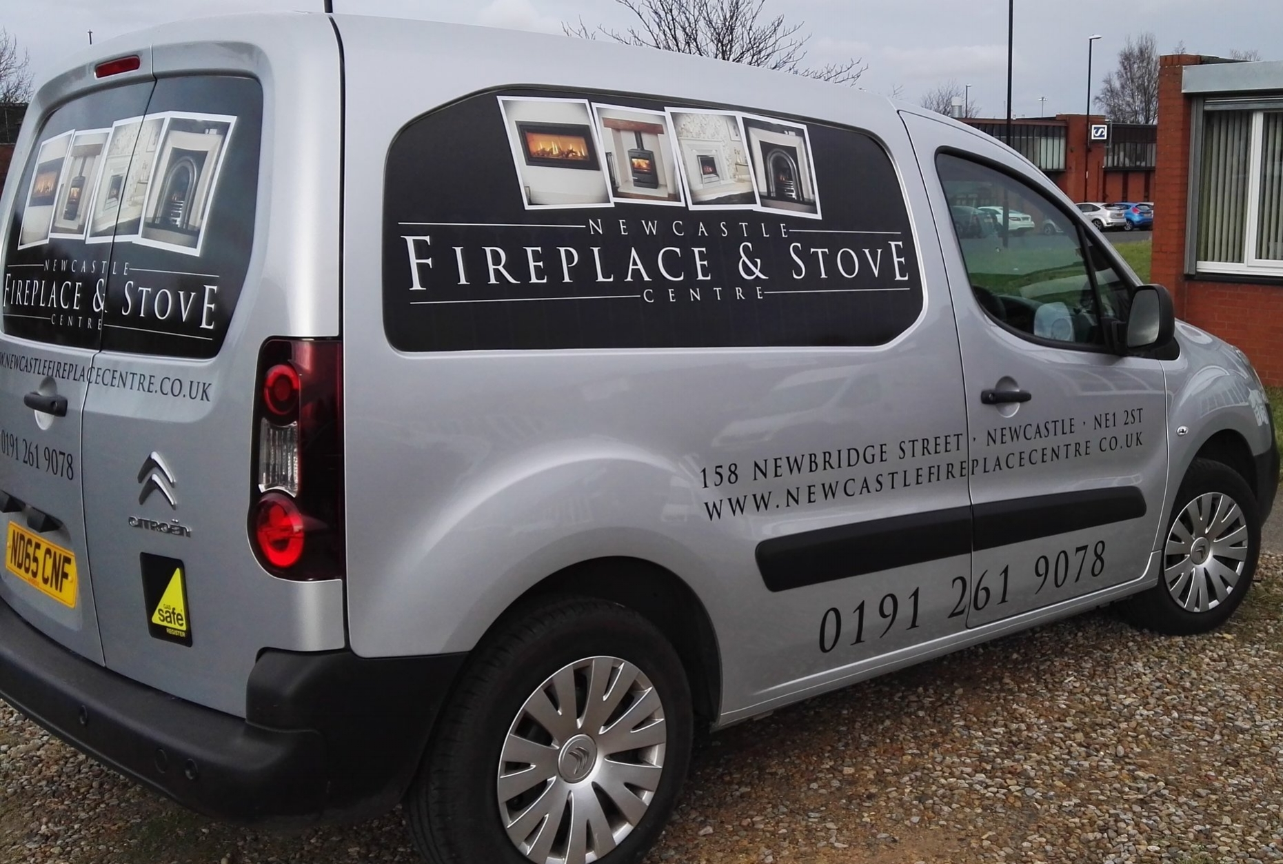 FIREPLACE AND STOVE CENTRE   Panel wrap.