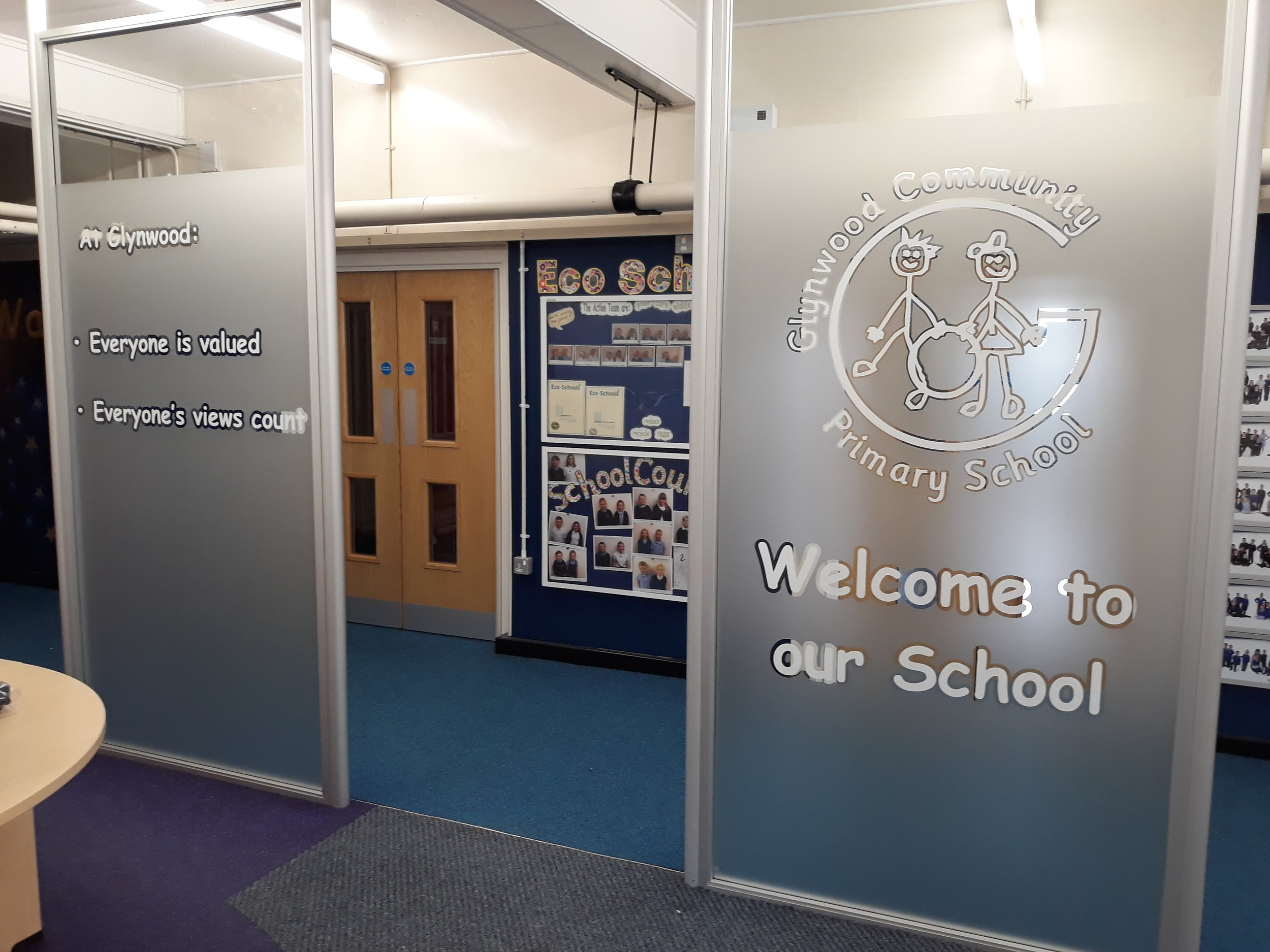 GLYNWOOD PRIMARY SCHOOL   Frosted window graphics fitted internally.