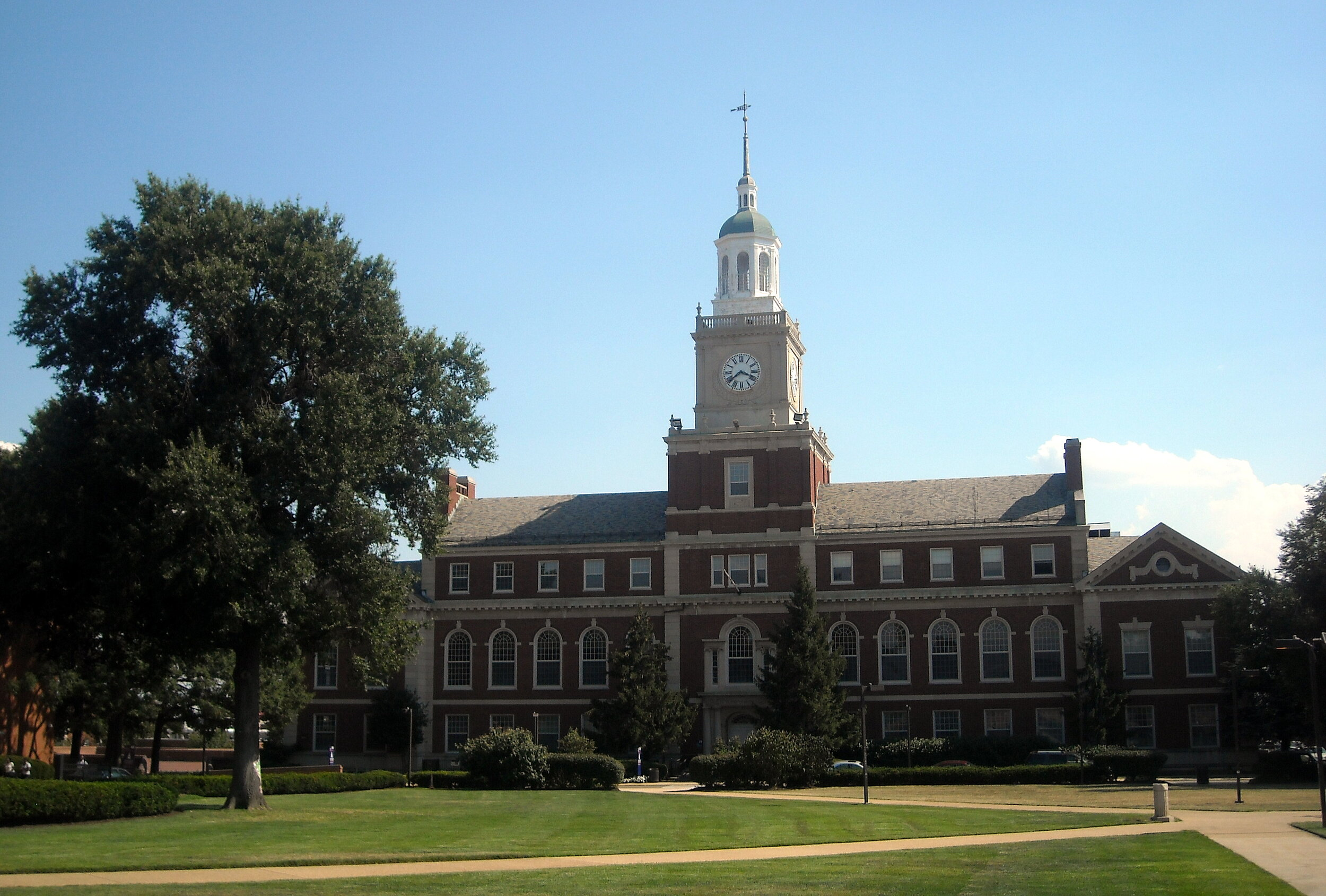 霍华德大学图片