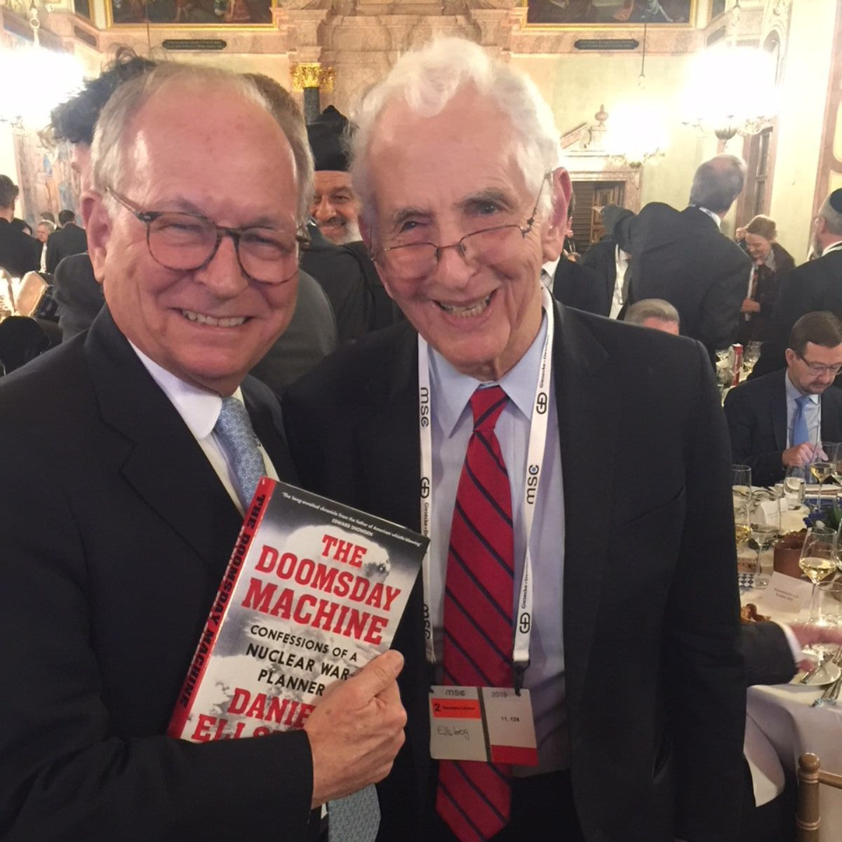 MSC chairman Ischinger with Ellsberg's book.