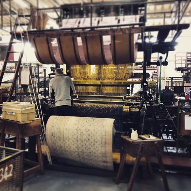 Shooting a bespoke carpet being made on a 100 YEAR OLD loom today for the lovely @nationaltrust team at #canonsashbyhouse #filmmaking #filmproduction