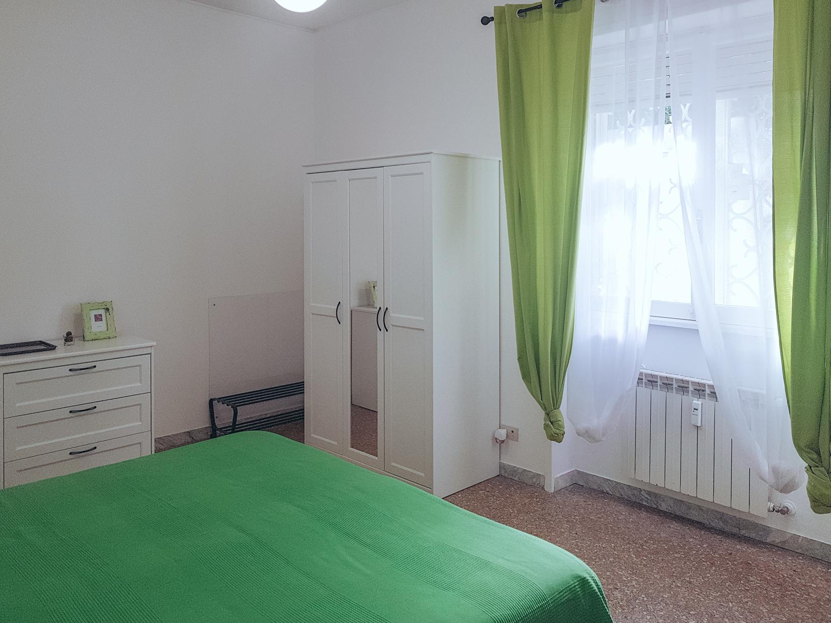 roseaantiche-room008.jpg