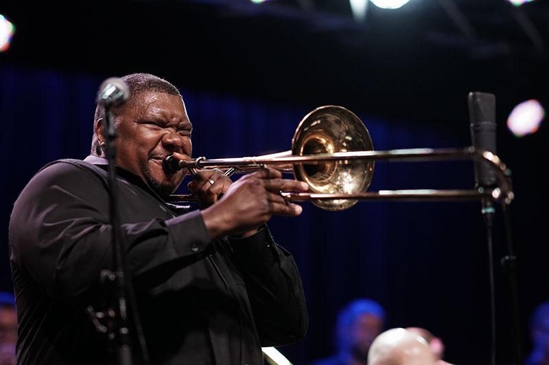 Wycliffe Gordon Live med Aarhus Jazz Orchestra, Big Band på Atlas i Aarhus Anmeldelse.