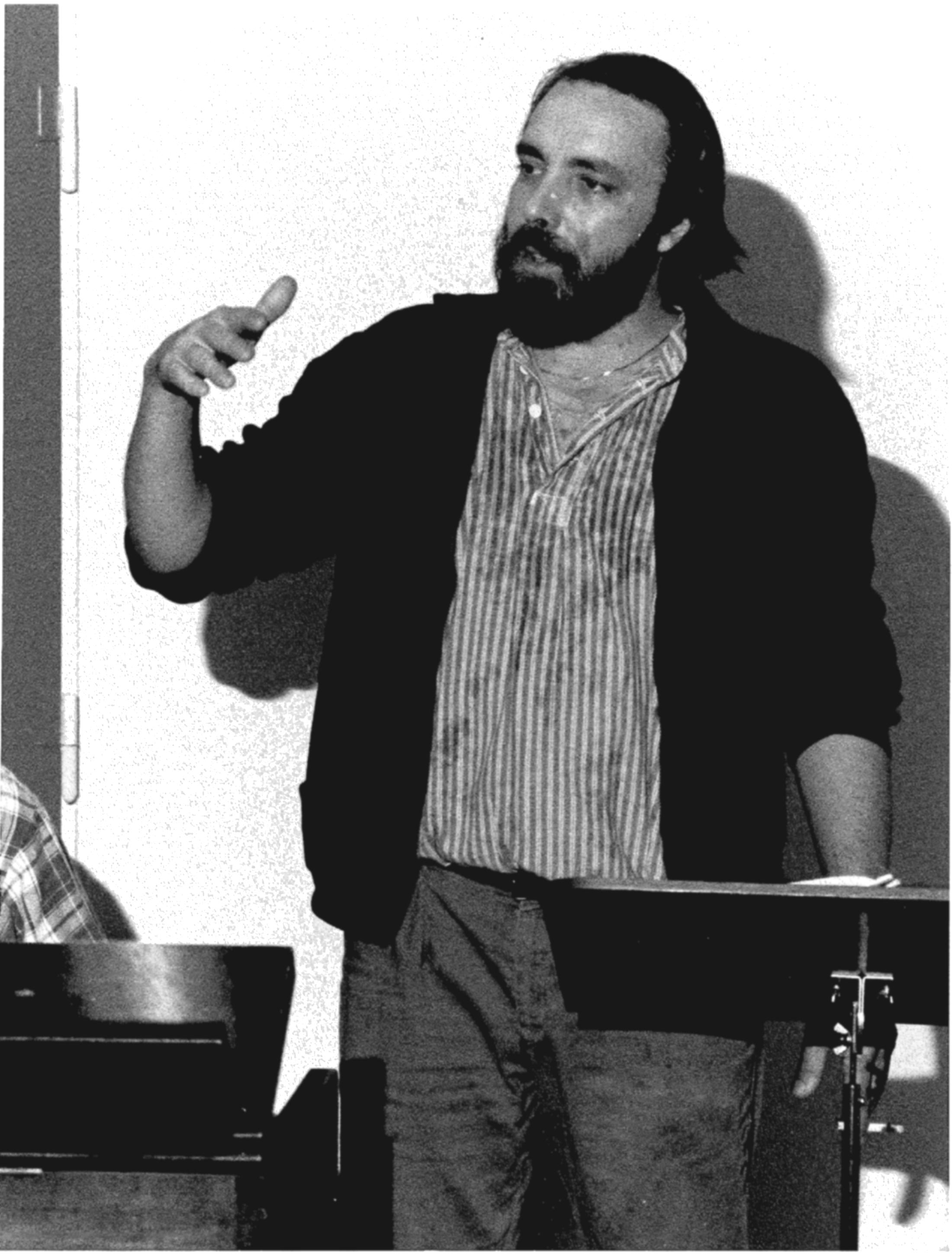 Butch Lacy var en mangeårig ven af orkestret, som stod bag talrige arrangementer. Her ses han under det musikpædagogiske arbejde med skolekoncerterne.