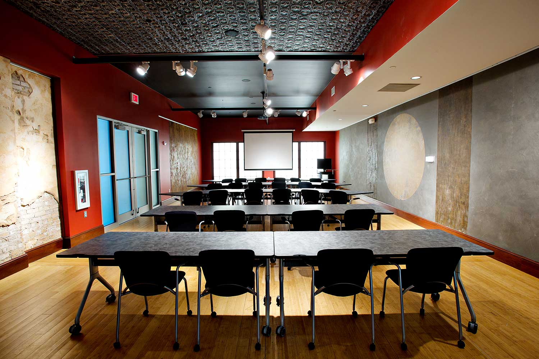 Abode-Venue-TimDavis-D3S1464-Forum-classroom.jpg